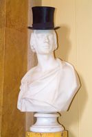 Pencarrow House hat on statue