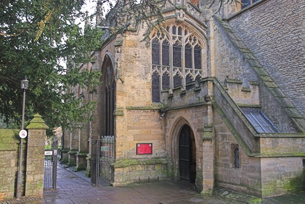 church of st john baptist  cirencester photo  abbey gate