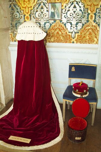 Picture Of Broughton Castle Coronation Robes