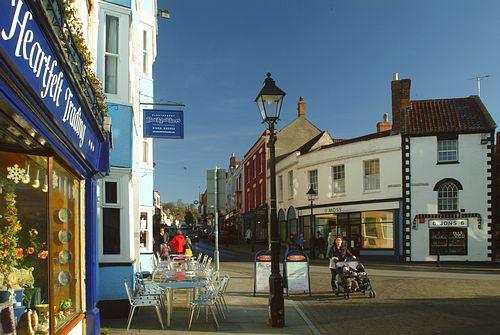 Photo Of Glastonbury High Street Glastonbury Photo Gallery