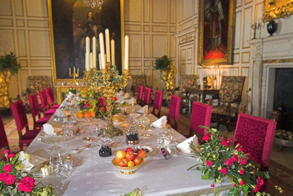 Warwick Castle Photos Page 2, Warwick Castle State Dining Room Set