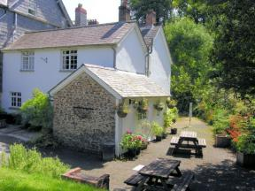 Cottage: HCBBART, Whitstone