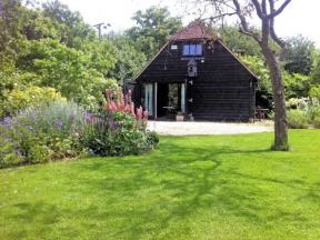 Cottage: HCCLEAR, Ludgershall, Buckinghamshire