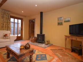 Cottage: HCCOBAR, Exeter