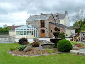 Cottage: HCFOUBA, Callington