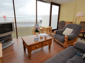 Cottage: HCNAUTI, Westward Ho, Devon