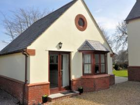 Cottage: HCNDOWN, Taunton