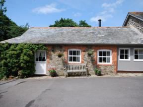 Cottage: HCSMIDD, Littleham, Devon