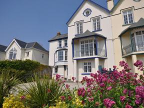 Cottage: HCTHEAN, Instow