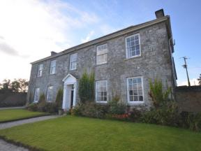 Cottage: HCTVISS, St Austell