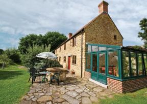 Strawberie Cottage, Beaminster