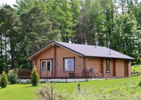 Fingask Log Cabin, Glenfarg