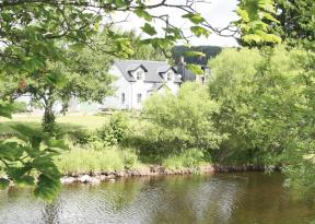 Earnside Cottage, Comrie, Tayside