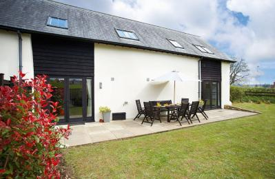 Lower Curscombe Barn, Feniton