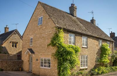 Corner Cottage, Lower Oddington