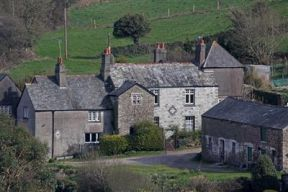 Manor Lodge Guesthouse, Torpoint, Cornwall