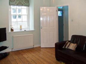 Pembrokeshire Self Catering Cottage 1 Quay Hill Tenby