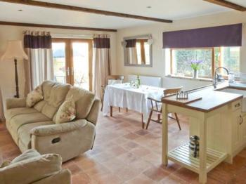 East Anglia Self Catering Cottage Foxley Lodge Spixworth Sleeps 2