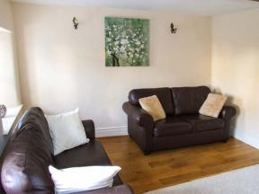 Peak District Self Catering Cottage Bedehouse Cottage
