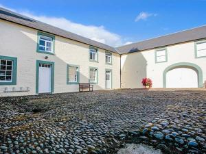 Dumfries And Galloway Self Catering Cottage The Mews Flat