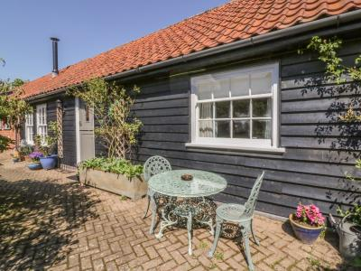 Courtyard Cottage, Poplar Farm Barn, Saxmundham