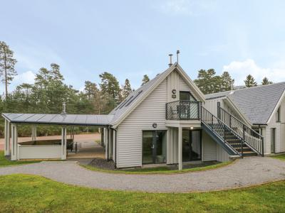 Osprey Apartment, Aviemore, Highlands and Islands