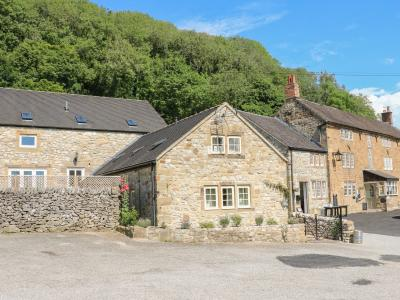2 Miners Arms Cottages, Carsington