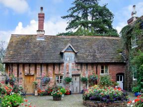 Courtyard Cottage, Meeson, Shropshire