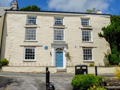 Warmington House, Camelford