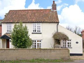 Hollyhedge Cottage, Briston, Norfolk