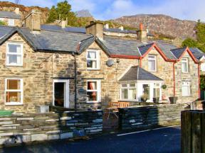Bwthyn Ger Afon (Riverplace Cottage), Tanygrisiau
