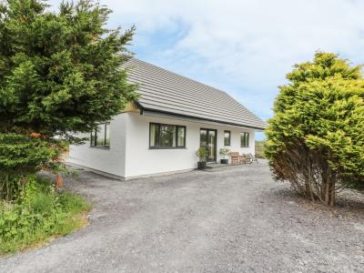 The Lodge House at Cresita, Brynsiencyn, Gwynedd