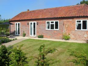 Moat Farm Cottage, Wood Dalling, Norfolk