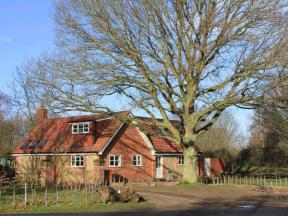 Oak Tree Lodge, Crostwick
