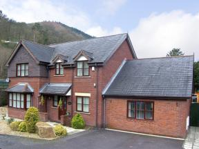 1 The Beeches, Llangollen