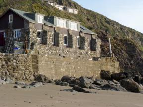 Beachcomber's Cottage, Millbrook, Cornwall
