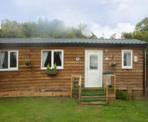 The Log Cabin, Adforton