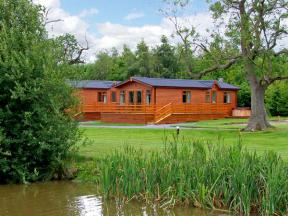 Oak Lodge, Beaconsfield Holiday Park