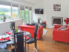 Masson View Apartment, Matlock
