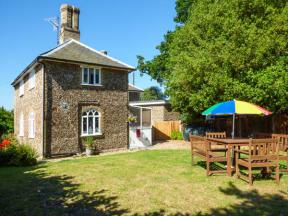 28 Stone Cottage, Thorington