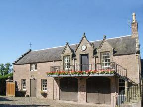 Stable Flat, Scone, Tayside