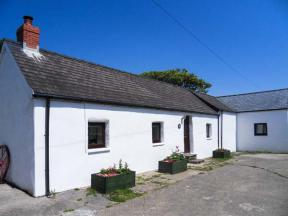 Hill Top Farm Cottage, Narberth