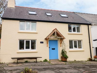 1 Mill Farm Cottages, Narberth