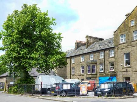 11 Eagle Parade, Buxton