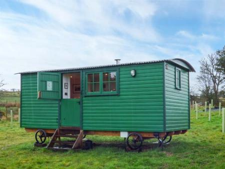 Peat Gate Shepherd's Hut, Haltwhistle