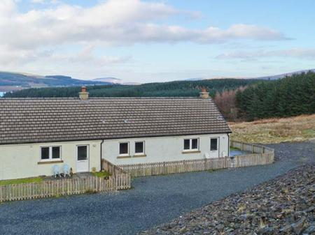 Poppies Cottage, Salen