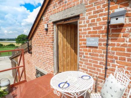13 Beautiful Self Catering Cottages Near Lyonshall