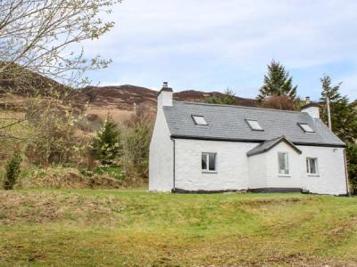Creag Mhor Cottage, Dornie, Highlands and Islands