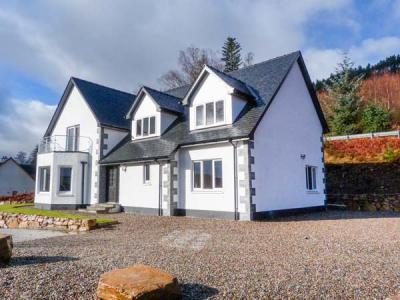Holly House, Spean Bridge