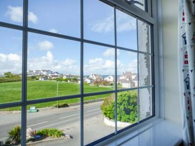 Flat 6, Trearddur Bay